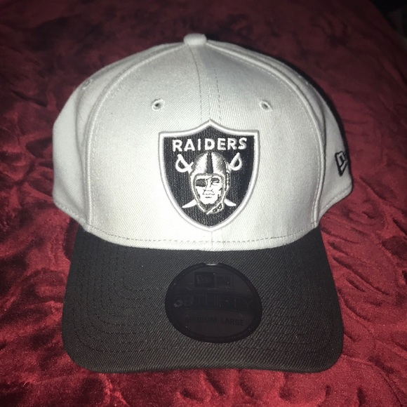 250264d8774 Brand new raiders cap NFL certified